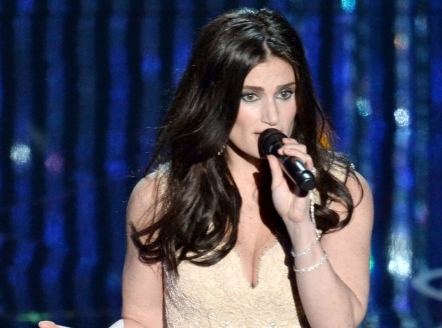 Idina Menzel at the Oscars 2014 on stage