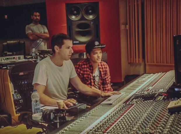 Mark Ronson and Bruno Mars in the studio