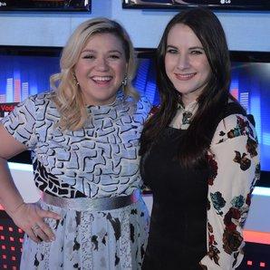 Kat Shoob & Kelly Clarkson Big Top 40