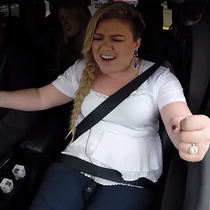 Kelly Clarkson Singing In Car