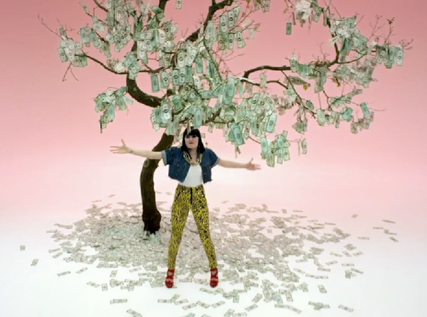 Jessie J - Price Tag video money tree